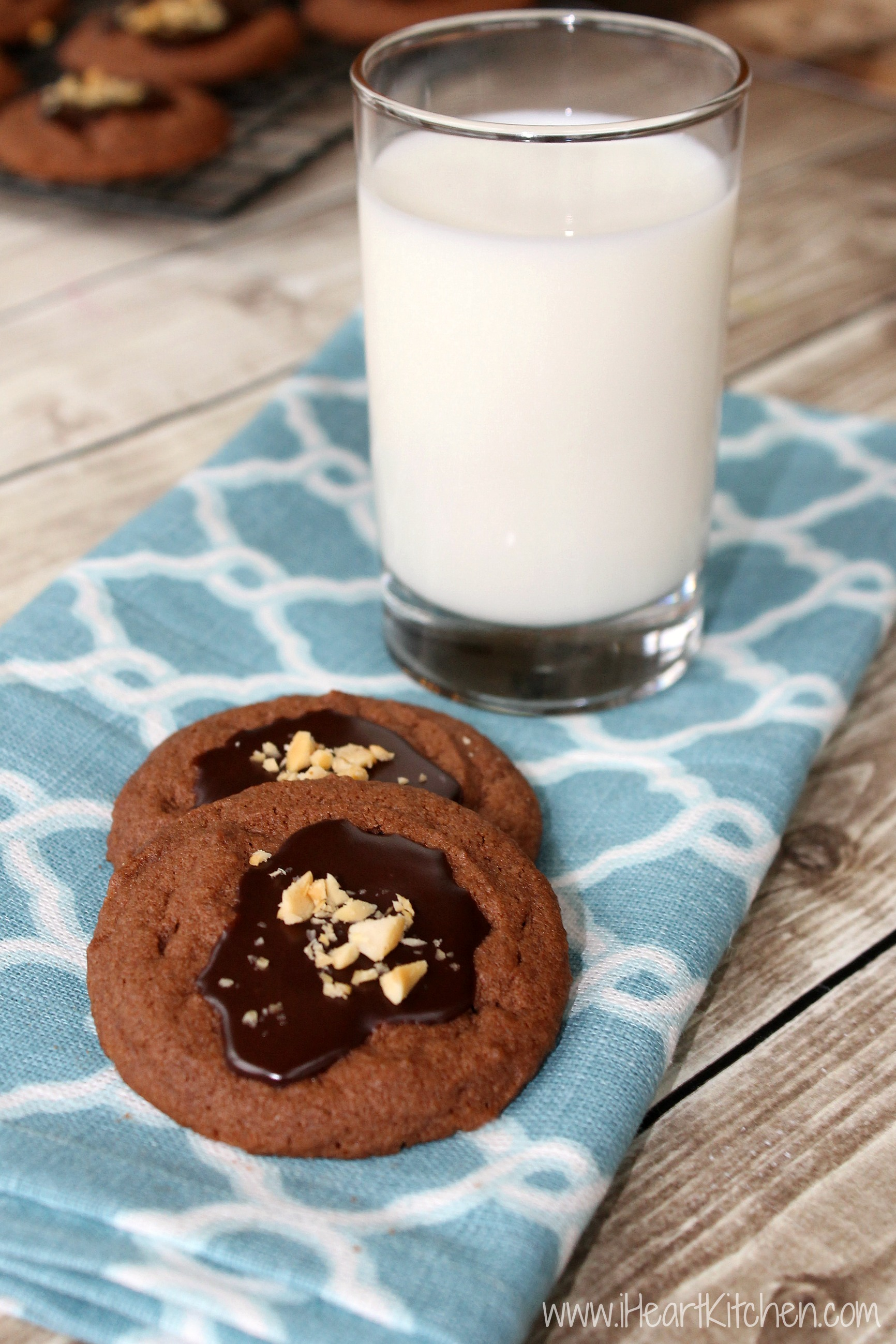 Chocolate Peanut Butter Cookies With Fudge